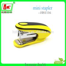 Guangdong papelaria grampeador preto amarelo mini grampeador de plástico universal