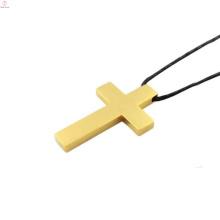 Em estoque 24k pingente de ouro, pingentes de moda em aço inoxidável, design único pingente de cruz