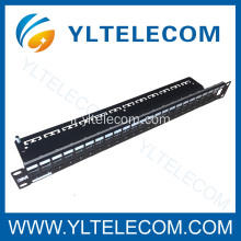 Soluzioni di rete di 3M Patch Panel 24 Port Volition
