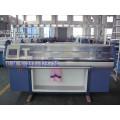 Máquina de confecção de malhas lisa Full-Automatic do sistema do dobro 9g com dispositivo do pente