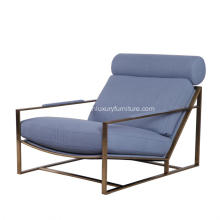 Milo Lounge Chair met gepatineerd stalen frame