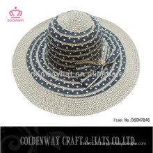 Chapeaux de dames de couleur foncée chapeaux de soleil de plage d'été