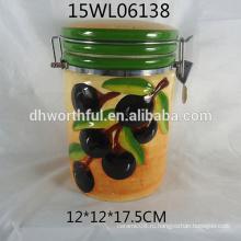 Керамическая емкость для хранения с оливковым дизайном для кухни