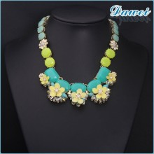 yiwu 2015 Hot Selling Fashion Accessory Blue Amber Crystal Flower Necklace Made in Korea