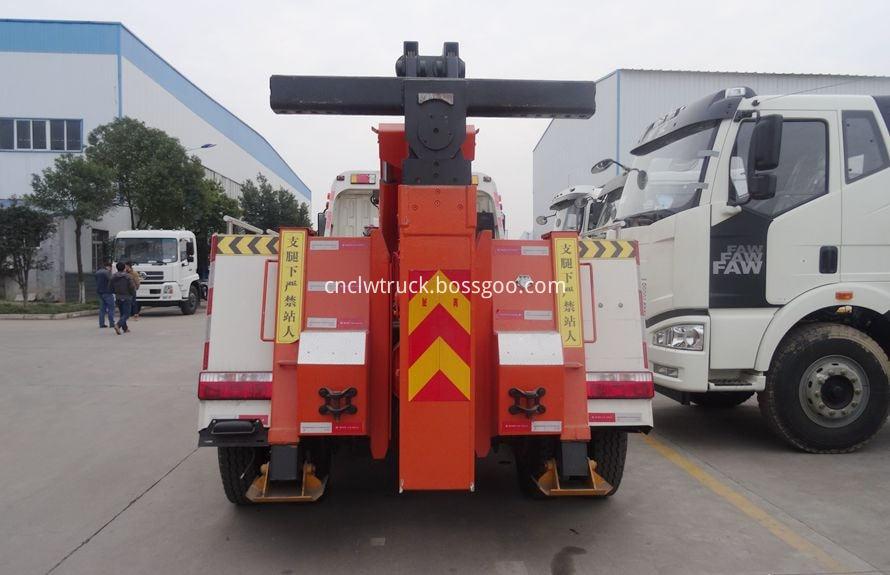 heavy duty recovery trucks 3