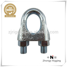 Abrazadera de cable maleable con DIN741