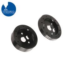 Riemenscheibe aus schwarz eloxiertem Aluminium