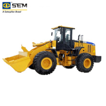 SEM 632D Wheel Loader with accessories