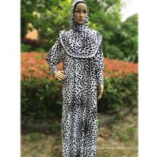 Distribuidor al por mayor abaya 2017 nuevo modelo de dubai mujeres ropa islámica desgaste vestido musulmán diseños abaya casual árabe