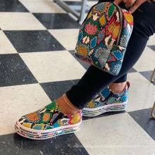 Superstarer Wholesale Women Bulk Fashionable Platform Shoes Snakeskin Casual Shoes