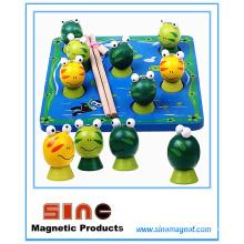 Hölzernes magnetisches Fischen-Frosch-Spielzeug / pädagogisches Spielzeug