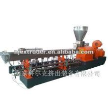 Extrusora de pelletización de plástico de relleno de PP / PE