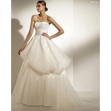 Ball Gown Sweetheart Strapless Chapel Train Organza Appliques Ribbons Wedding Dress