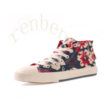 Hot Arriving Fashion Children′s Casual Canvas Shoes