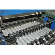 Máquina para fabricar painéis e telhas de aço com revestimento colorido