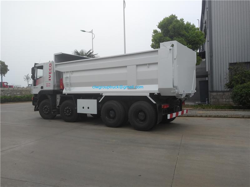 8x4 Dump Truck 3