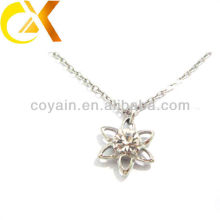 Bijoux en acier inoxydable fleur de lis pendentif femme