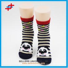 Kinder 3D Karton Tier Streifen Qualität Mutilcolour Socken