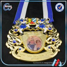 Médaille allemande medallon medallion usine