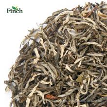 Fink-Jasmin-Tee, der mit dem Massenverpacken abnimmt