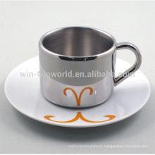Tasse de café à double paroi réfléchissante avec poterie et soucoupe en porcelaine