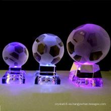 Bola de cristal hecha en casa de la decoración con la luz del LED