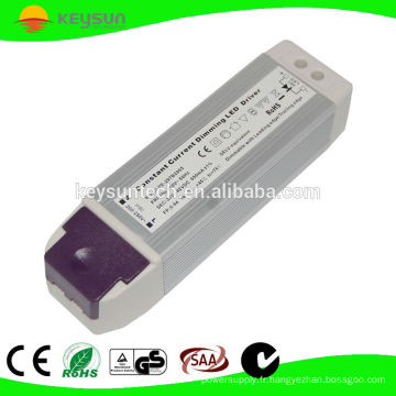 Convertisseur à LED gradable de 68.4W avec un facteur de puissance élevé