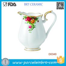Jarro de água de cerâmica decorativa de linda flor branca