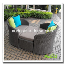 Audu Green Resin Wicker Outdoor Waterproof Lounger
