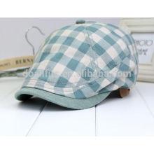 Tissu à carreaux à motifs plats Lierre et casquette de baseball