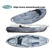 Kayak de ruedas de plástico único de recreo