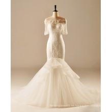 Ajuste y llamarada romántica vestido de boda de manga corta