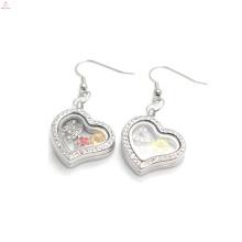Coração de cristal de prata encantos brincos, linda foto de vidro flutuante brincos atacado