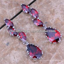 cuelga los pendientes al por mayor bailando pendientes de la muchacha del diseñador de diamantes tops de oreja