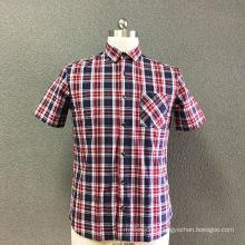 Fio xadrez de algodão dos homens tingido camisa de mangas curtas