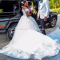 2017 New Off the Shoulder Vestido De Noiva Appliqued Puffy Lace Ball Gown African Wedding Dresses MW994