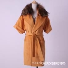 Yellow Short Sleeve Women Winter Coat with Fur Collar (1-86152)