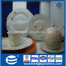 Décoration de fleurs de haute qualité Ensemble de dîner en porcelaine, usage quotidien Céramique Articles de table