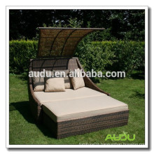 Audu Large Hotel Or Inn Wicker Massage Lounger