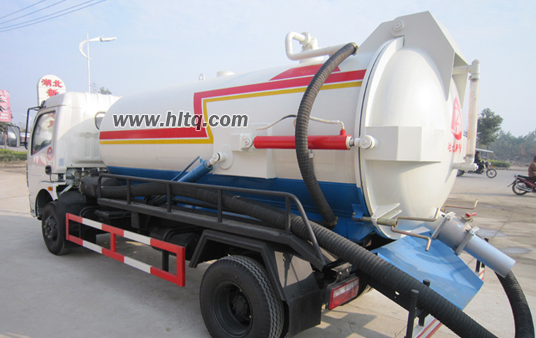 Suction sewage truck