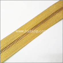 Top for Brass Rectangle Type Teeth Zipper Brass No. 5 Gold Zipper for Bags export to Indonesia Factory