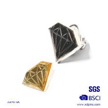 Épinglette en résine en émail souple à motif de diamant en métal