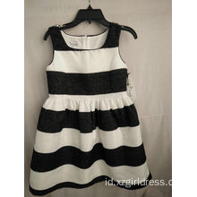 dress strip hitam dan putih