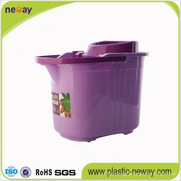Balde giratório de plástico com rodas