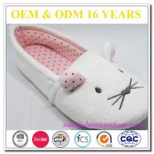 Zapatillas suaves de la mujer de la tela de la pila del bordado del ratón linda del ratón