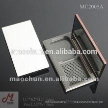 Conteneur / étui compact en poudre magnétique