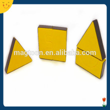 Customized Magnetic Triangle Toy