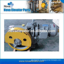 Линейный тягово-сцепное устройство для пассажирских, грузовых и пассажирских лифтов