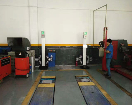 Tracking Wheel Alignment