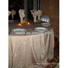 Classy taffeta crinkle table cloth for banque and wedding